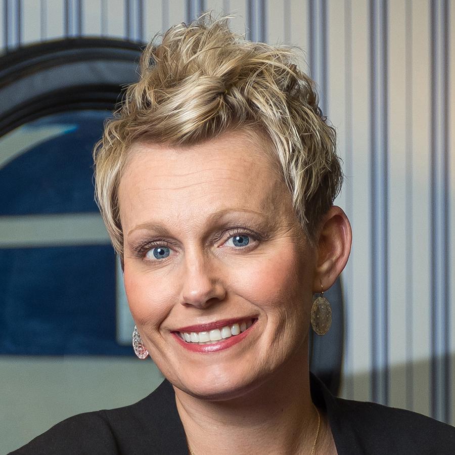 Lindsay Kirk